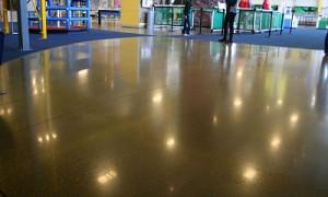 Quitar manchas del cemento pulido y hormigón